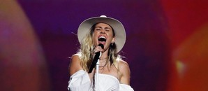 miley-cyrus-en-los-billboard-music-awards