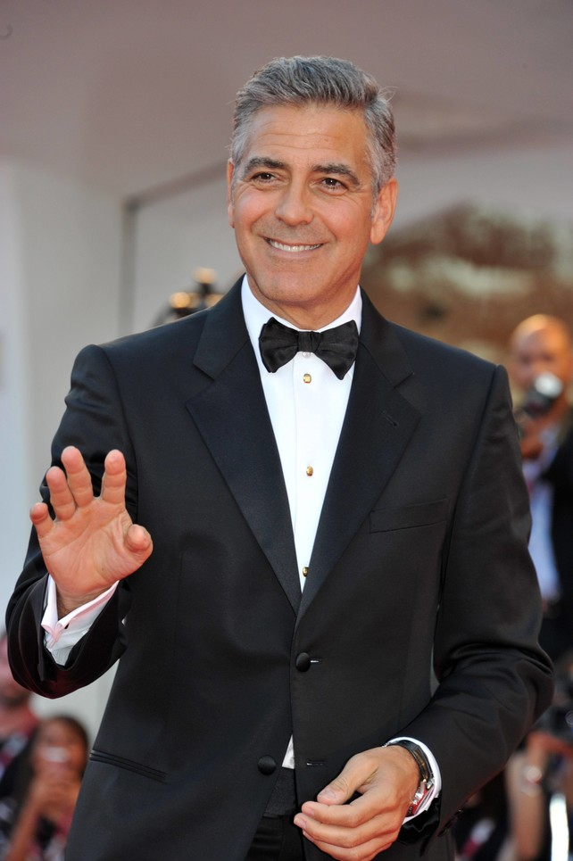 george clooney de eterno seductor y soltero de oro a tener un pie del altar. Black Bedroom Furniture Sets. Home Design Ideas