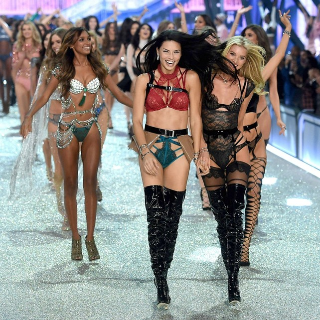 victoria's-secret-fashion-show:-las-imagenes