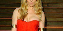 Sienna Miller, woman in red